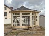 Деревянный садовый павильон изготовлен по индивидуальному заказу, восьмигранный, диаметр 5,25 м.