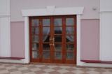 двери дубовые для отелей