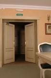 двустворчатые дубовые двери