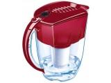Фильтр-кувшин для воды Аквафор. Удаляет хлор, фенол, тяжелые металлы, пестициды. Объем очищенной воды 1,5 литра.