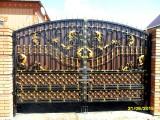 Кованые ворота с прфлистом