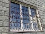 Металлические решётки на окна и двери