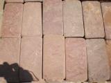 Натуральный камень Красный песчаник пиленый галтованный (плитка)