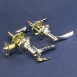 Ручка дверная (891)(ключ, защелка, проходная) Цвет: золото, хром, матовое золото, матовый хром, бронза, старая медь