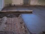 Устройство цементной стяжки до 50 мм.