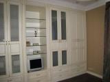 заказать встроенный деревянный шкаф в Москве